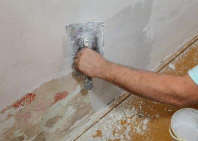 gescheurde-muur-repareren