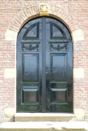nieuwe-deuren-in-oude-look
